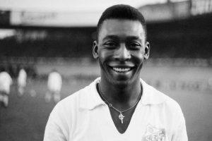 Pelé, dai Santos ai Cosmos: la parabola di una leggenda