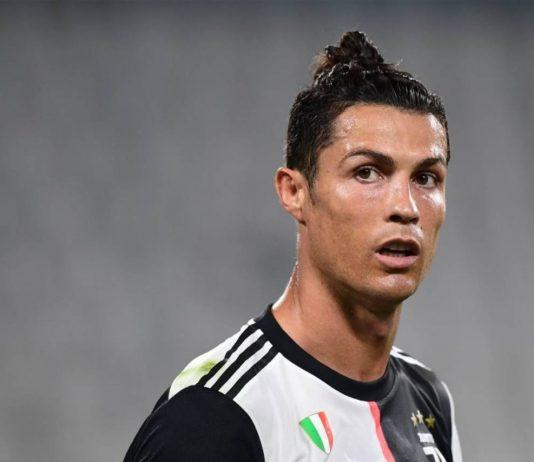 Cristiano Ronaldo, nuovo look: niente più codino, la foto