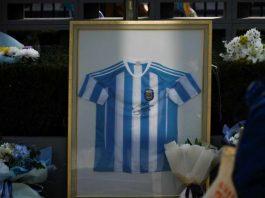 Maradona, costi delle maglie vendute online (Getty Images)