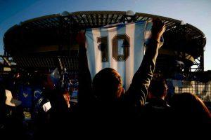 Maradona, le cifre chieste per le maglie online (Getty Images)