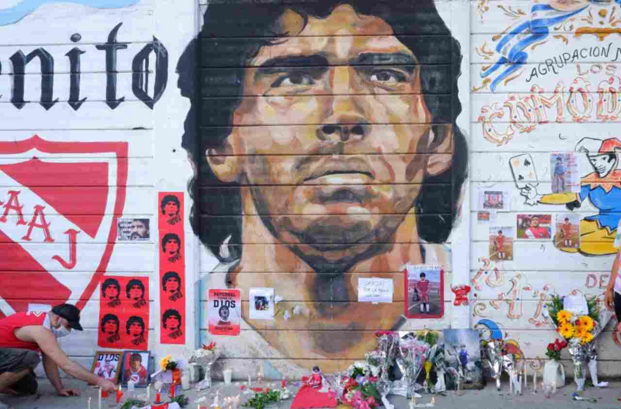 Maradona, il San Paolo cambia nome in suo onore (Getty Images)