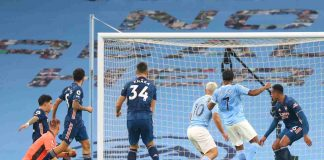 Premier League, focolaio Covid al Manchester City: sfida all'Everton rinviata