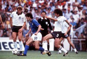 Paolo Rossi, addio all'eroe del Mundial di Spagna 1982 - Video