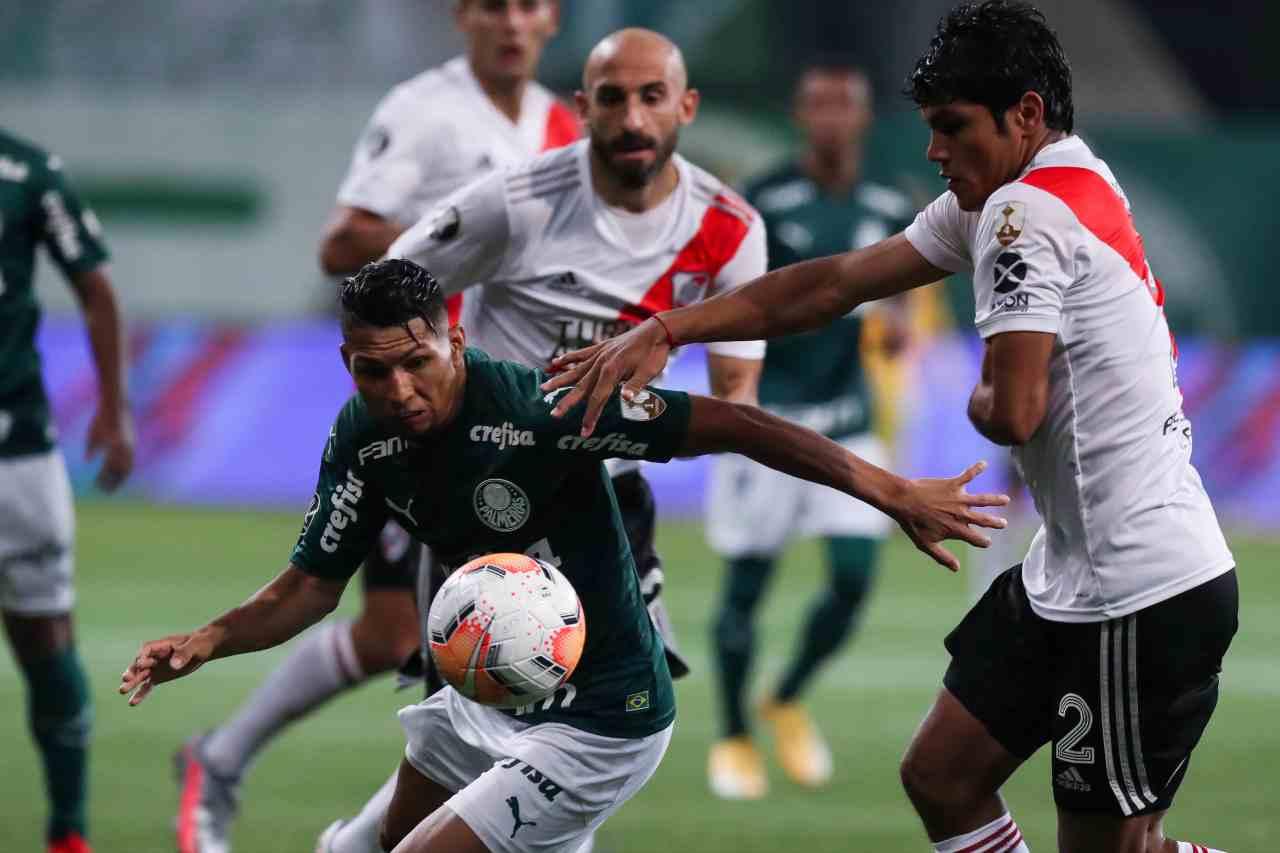 VAR decisivo, Palmeiras in finale