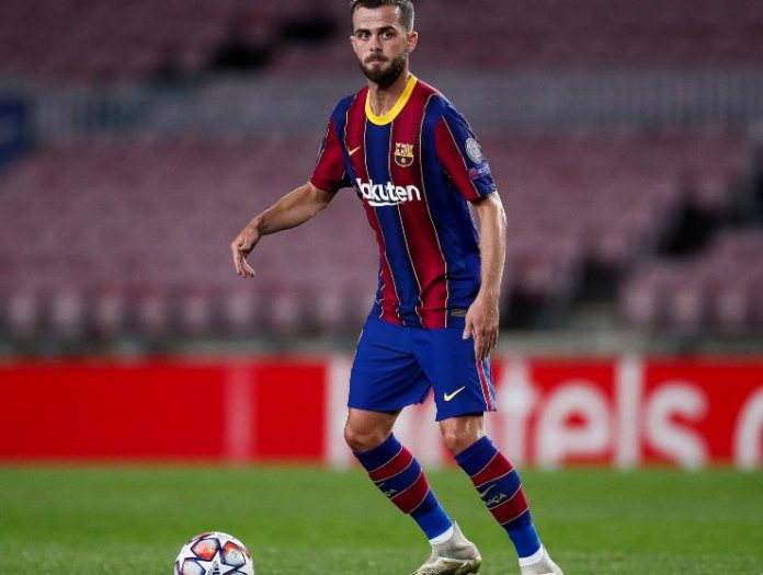 Pjanic con il Barcellona - Getty Images