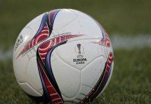 Il pallone ufficiale dell'Europa League (Getty images)