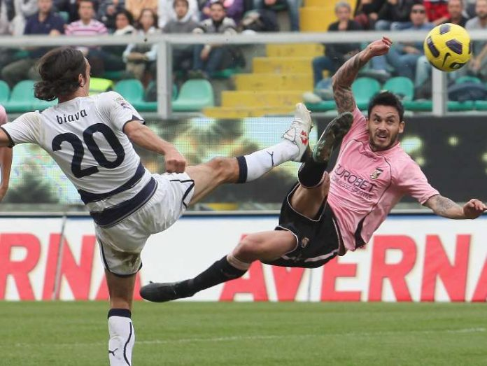 Pinilla gol in rovesciata - Getty Images