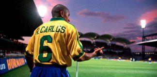 Roberto Carlos calcio d'angolo