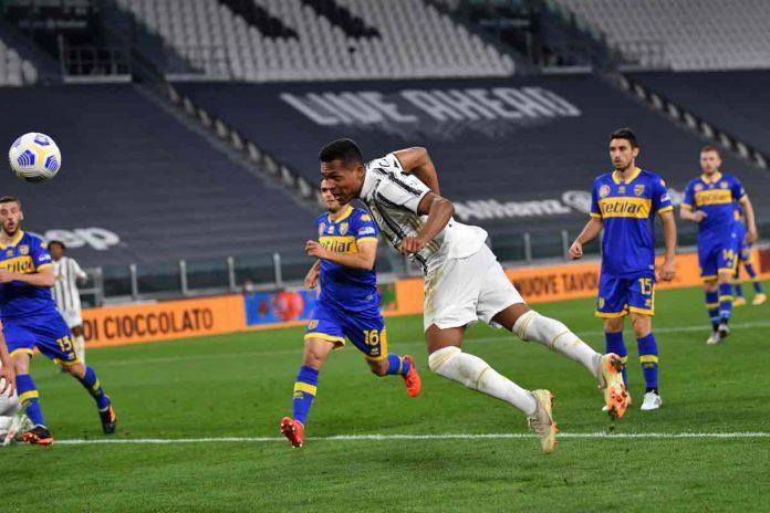 Alex Sandro gol