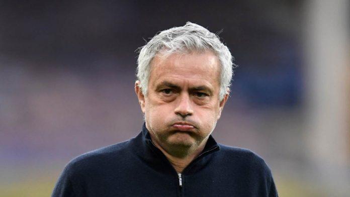 Jose Mourinho studia Roma