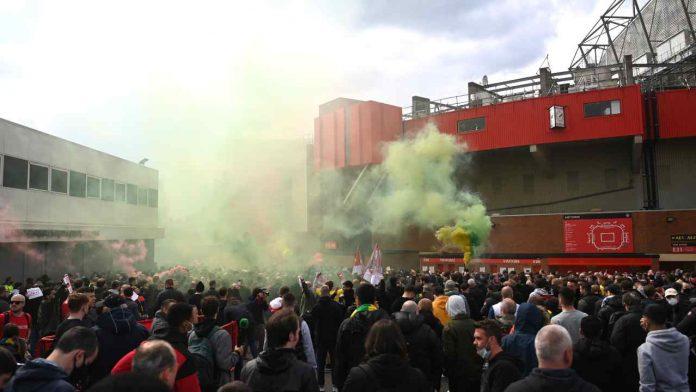 protesta tifosi united