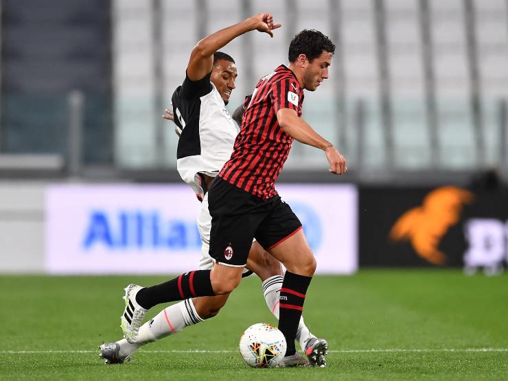 Danilo e Calabria - Getty Images