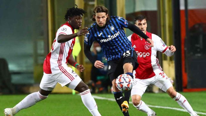 Hateboer vs Ajax - Getty Images