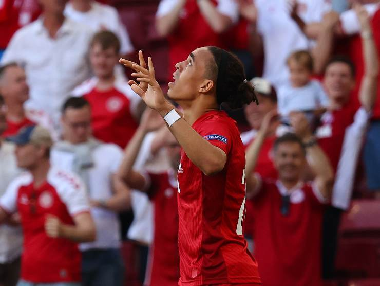 Poulsen gol Danimarca Belgio