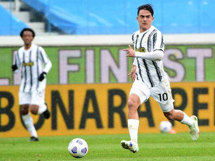 Paulo Dybala in campo - Getty Images