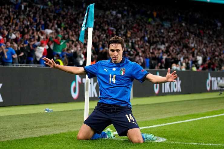 Federico Chiesa esulta dopo un gol