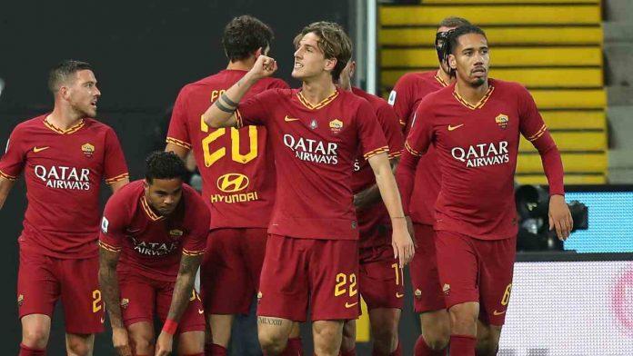 roma mourinho saluti tifosi