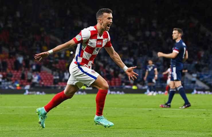 Ivan Perisic con la maglia della Croazia