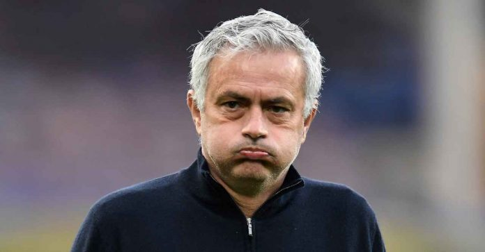 Mercato Roma, Jose Mourinho che sbuffa