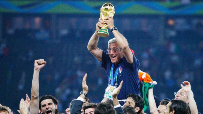 Lippi in trionfo mondiale - Getty Images