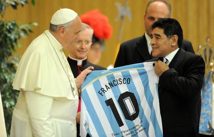 maradona papa francesco