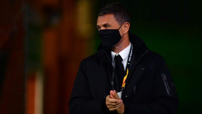 Paolo Maldini in primo piano
