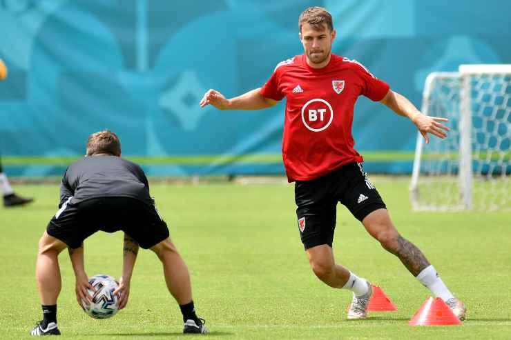 Aaron Ramsey allenamento con il Galles