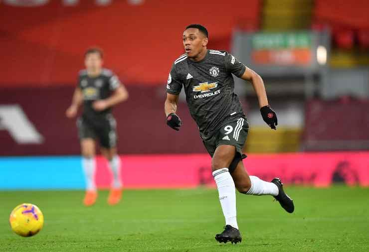 Anthony Martial in campo con la maglia del Manchester Untited
