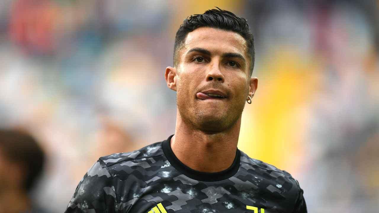 Juventus, Cristiano Ronaldo in primo piano con la lingua di fuori