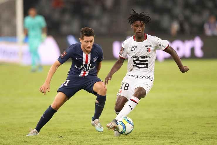 Eduardo Camavinga in campo con il Rennes