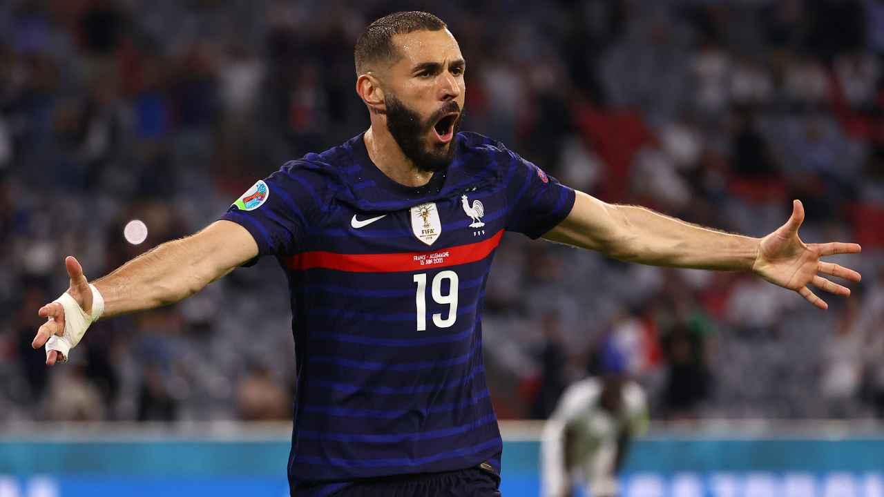 Karim Benzema con la maglia della Francia