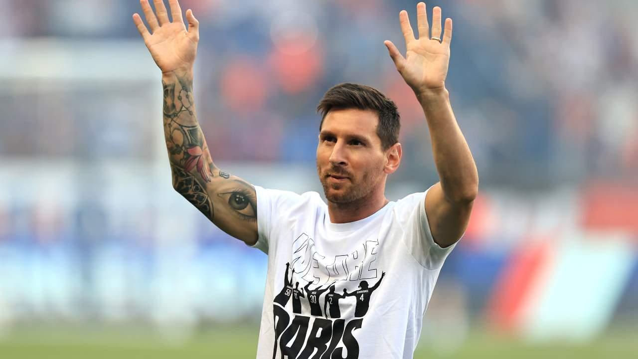 Leo Messi saluta Psg - Getty Images