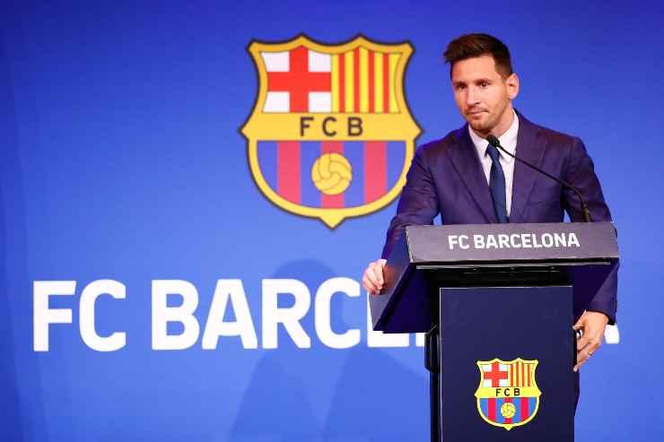 Lionel Messi in conferenza stampa al microfono