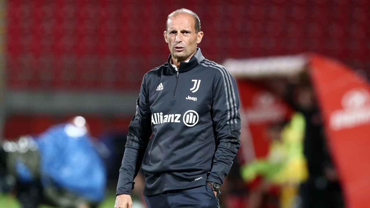 Calciomercato Juventus, Massimiliano Allegri con la tuta della Juve