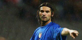 Daniele Adani con la maglia dell'Italia