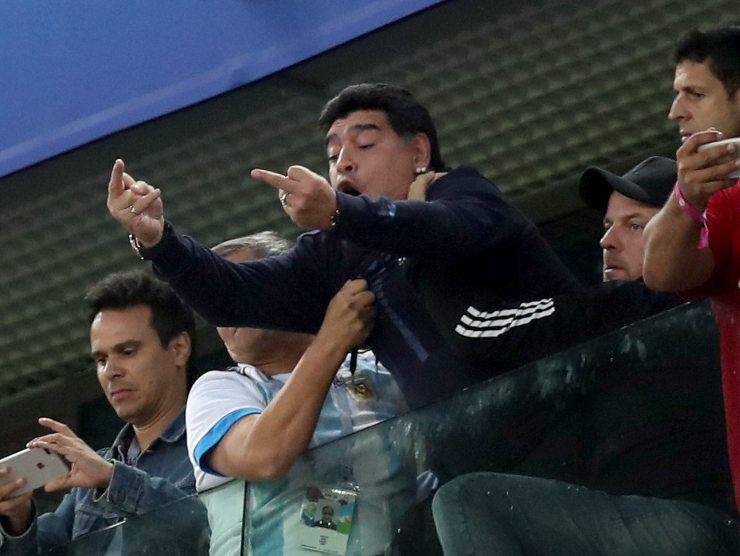 Diego Armando Maradona tribuna
