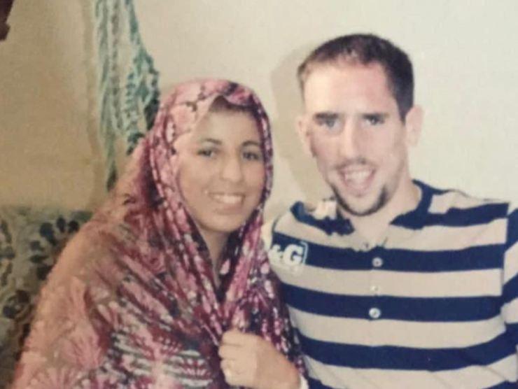 Ribery insieme alla moglie