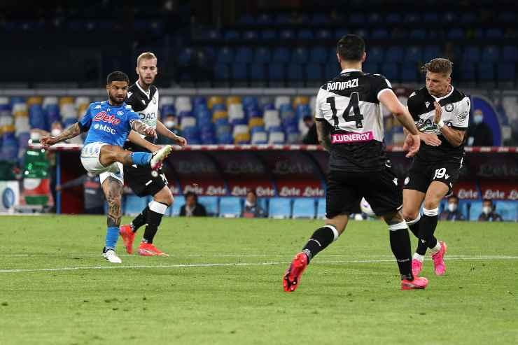 Udinese-Napoli, Insigne mentre calcia